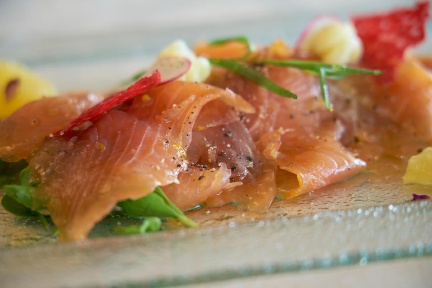 la dolce vita sirmione carpaccio di salmone